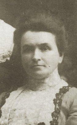 Margaret <i>Beattie</i> Mills