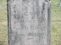 Dr Ewin Shumate
