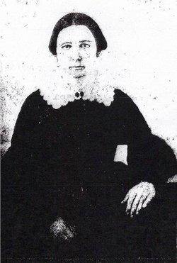 Mary E <i>Davis</i> Jones