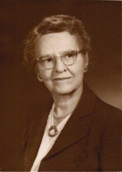Clara Bradner <i>Bellows</i> Alsever
