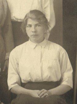 Pauline <i>Vogelsang</i> Fosha