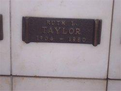 Ruth Lois <i>Ware</i> Taylor