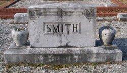 Margaret L <i>Hunter</i> Smith