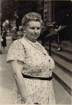 Bernice <i>Lauder</i> Whipple