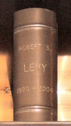 Robert Sigmund Levy