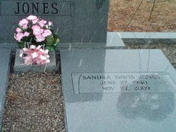 Mrs Sandra Orrie <i>Davis</i> Jones