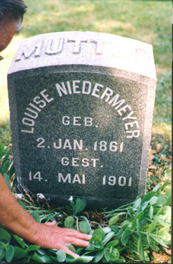 Louisa Louise <i>Pfeifer</i> Niedermeyer