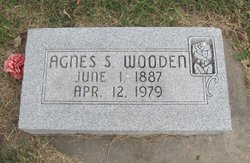 Agnes Sadena <i>Helton</i> Wooden