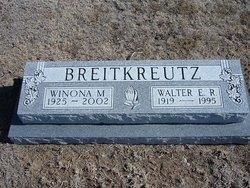 Winona M Breitkreutz