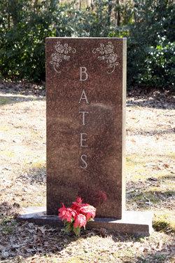 Benny Jo <i>Monlezue</i> Bates