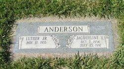 Jacqueline V Anderson