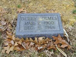 Dewey Holmes