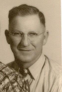 Joseph E Joe Schragl