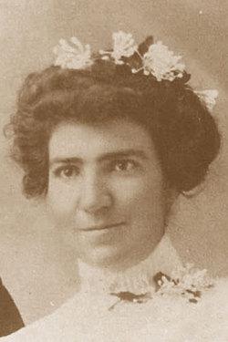 Sarah Rozella <i>Dunn</i> Bee