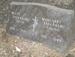 Betty Louise <i>Sauerberg</i> Delk