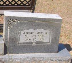 Annelle <i>Jackson</i> Holloman