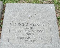 Annie <i>Saunders</i> Wessman