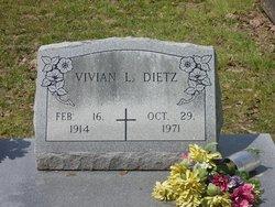 Vivian <i>Leckelt</i> Dietz