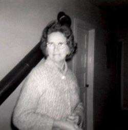 Thelma <i>Smith</i> Holloman