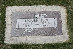Leonard Buck