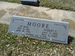 Jo Mae <i>Thurmond</i> Moore