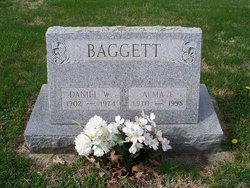 Alma Ilene <i>Douglas</i> Baggett