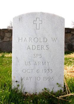 Spec Harold W Aders