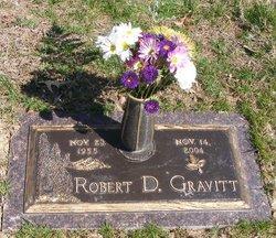 Robert D Gravitt