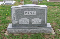 Leona <i>Roberts</i> King