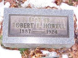 Robert Earl Howell