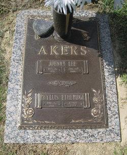 Phyllis <i>Etheridge</i> Akers