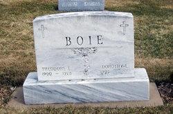Dorothy L <i>Bartz</i> Boie