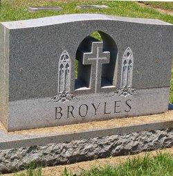 Beatrice Mary <i>Ross</i> Broyles
