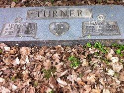 Aubrey B Turner