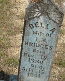 Della Bridges