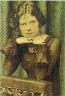 Helen Evelyn <i>Anderson</i> Estell