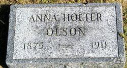 Anna <i>Holter</i> Olson