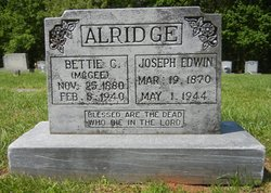 Bettie R <i>McGee</i> Aldridge