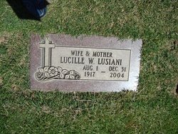 Lucille Willow <i>Isbell</i> Benitez Lusiani