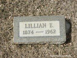 Lillian E Lily <i>Curtis</i> Halbert