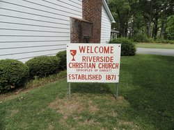 Riverside Christian Churchyard