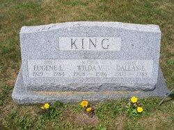 Dallas E King