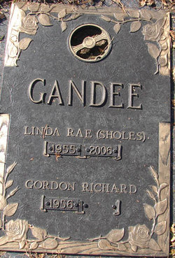 Linda Rae <i>Sholes</i> Gandee