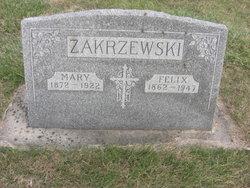Mary <i>Urzendoski</i> Zakrzewski