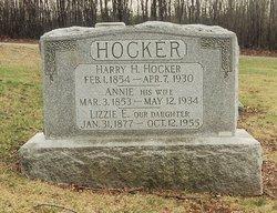 Elizabeth E. Lizzie Hocker