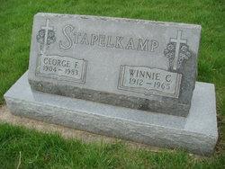 Winnie C Stapelkamp