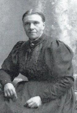 Anna P. <i>Reksten</i> Urness