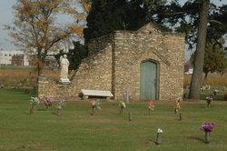 Clinton Lawn Cemetery