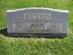 Lillian Reynolds
