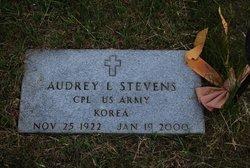 Audrey L <i>McCorkle</i> Stevens